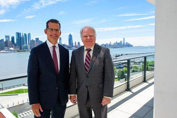 Lennar and Mayor Richard Turner